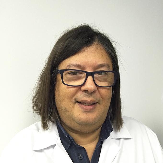 Dr. Luis Adão